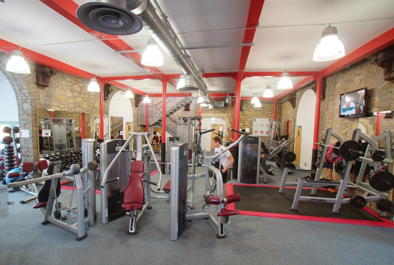 Design by Fitness Correct Form for Lifting Weights in the Gym